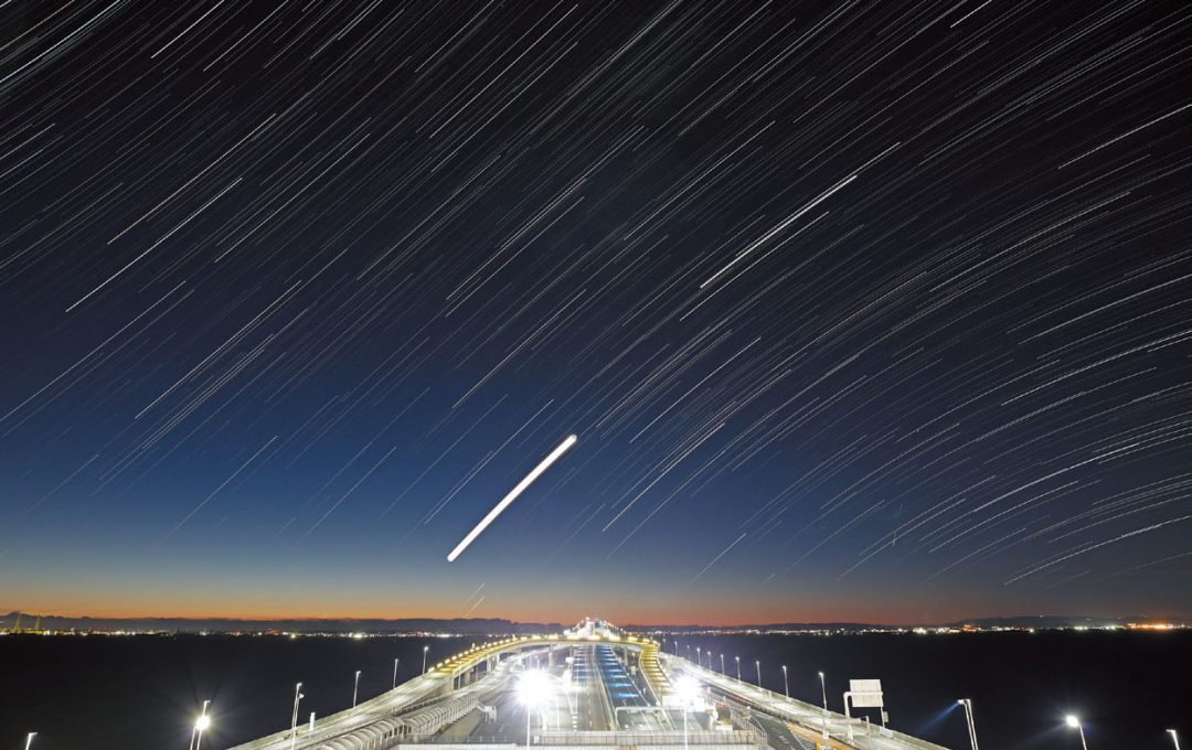 レンズ選びに迷ったら、星空写真の「標準」画角は24mm。明るい広角レンズであればズームも視野