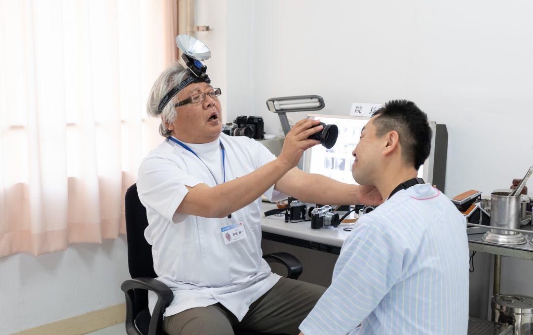 レンズ科・症例:レンズより先にフードが欲しくなってしまう病気