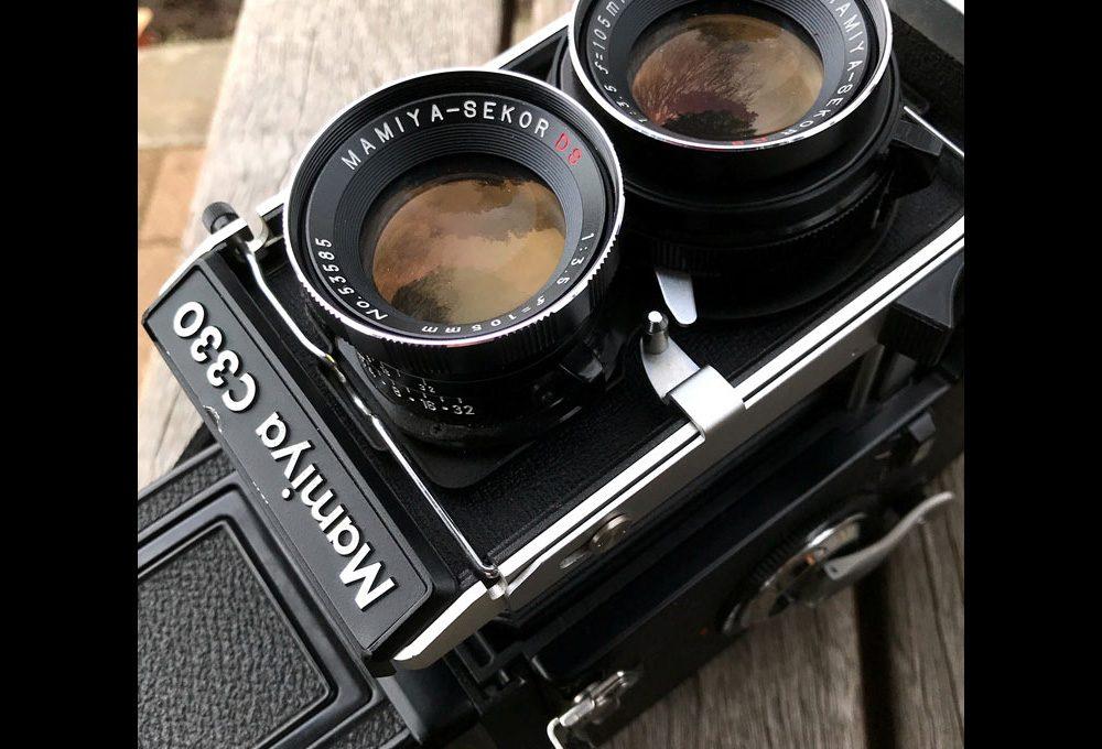 カメラ科:二眼レフカメラの魅力とは?
