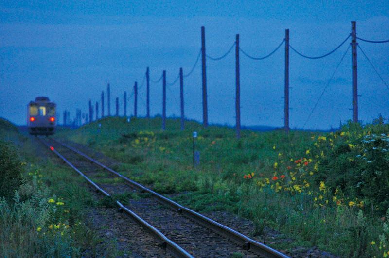 夜の鉄道写真=夜鉄の真髄!表現したい世界の在りようを確実にとらえる機材の要件とは?